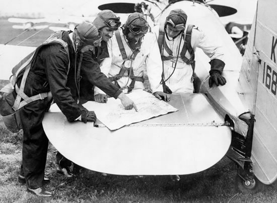 Pilots of 111 Squadron taking part in the 1935 Air Exercises (Credit: MoD/Crown copyright 1935)